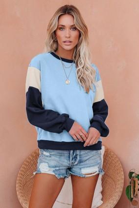 Long-sleeved blue tricolor sweatshirt